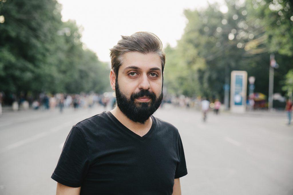 """Mamikon Hovsepyan: """"Kõige rohkem kannatame oma apostliku kiriku tõttu. Tegemist on väga agressiivse institutsiooniga, mis on väga suur ning levitab pidevalt eri vähemusgruppide vastu vihkamist."""""""